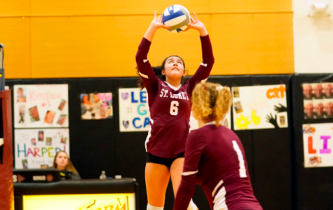 Newcomer Hendricks '22 at the Helm for Storm Volleyball