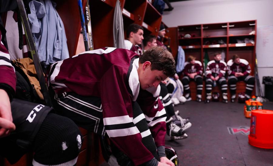The+Camaraderie+of+SLS+Boys+Hockey