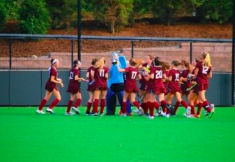 Varsity Field Hockey Defeats Hopkins for First Time in 10 Years