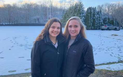 Co-Captains Phoebe Kurth '20 and Harper Boege '20