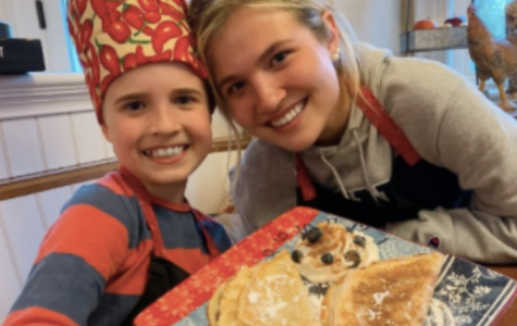 Luke '27 and Ally '20 Riley with their crepes!